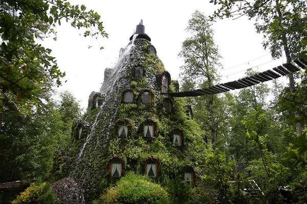 Magic Mountain Hotel, Chile