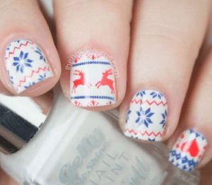 34 Festive Nail Art Designs to Get You in the Holiday Spirit