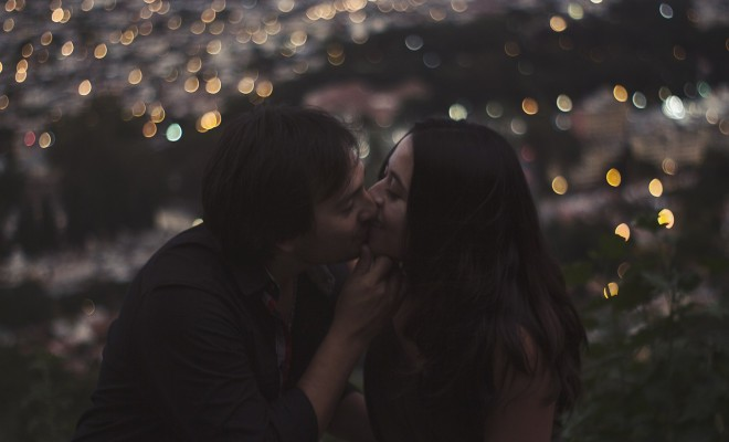 8 Reasons Why Kissing Is Good For Your Health