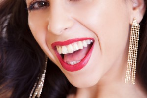 How to Whiten Your Teeth Naturally