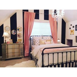 black and white stripe bedroom wall