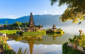 Pictures photo of Bali's temple set in beautiful landscape