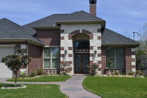 6 Sustainable Ways to Enhance Your Home's Curb Appeal