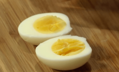 You have been peeling eggs all wrong
