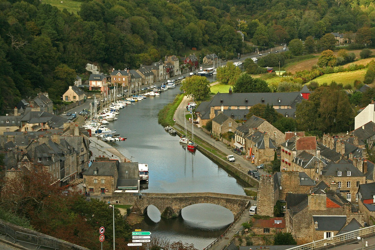 Off the Beaten Track Beautiful Medieval Towns You Should Visit in France- dinan france