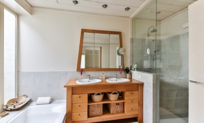 Bathroom with wooden washing basin