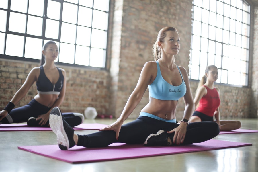 5 Yoga Gear Essentials for Your First Class