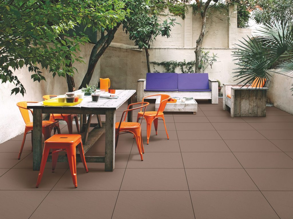 Patio Makeover - 5 Brilliant and Inexpensive Ideas