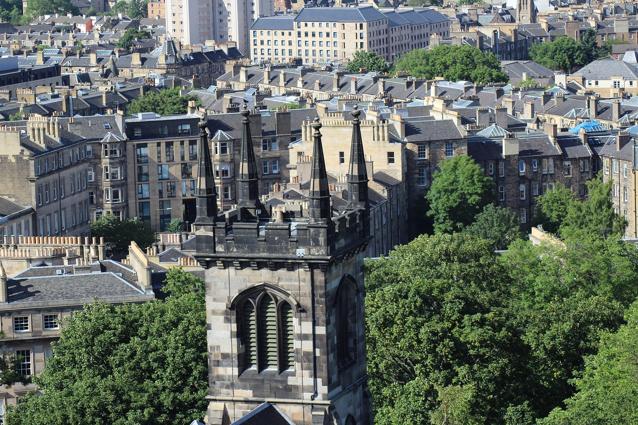 Top 7 Booze Cities Around the World - Edinburgh