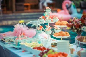 Simple and affordable outdoor wedding ideas that will blow your mind