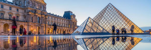 8 Best Places To Visit For A First-Time Solo Woman TravellerLouvre
