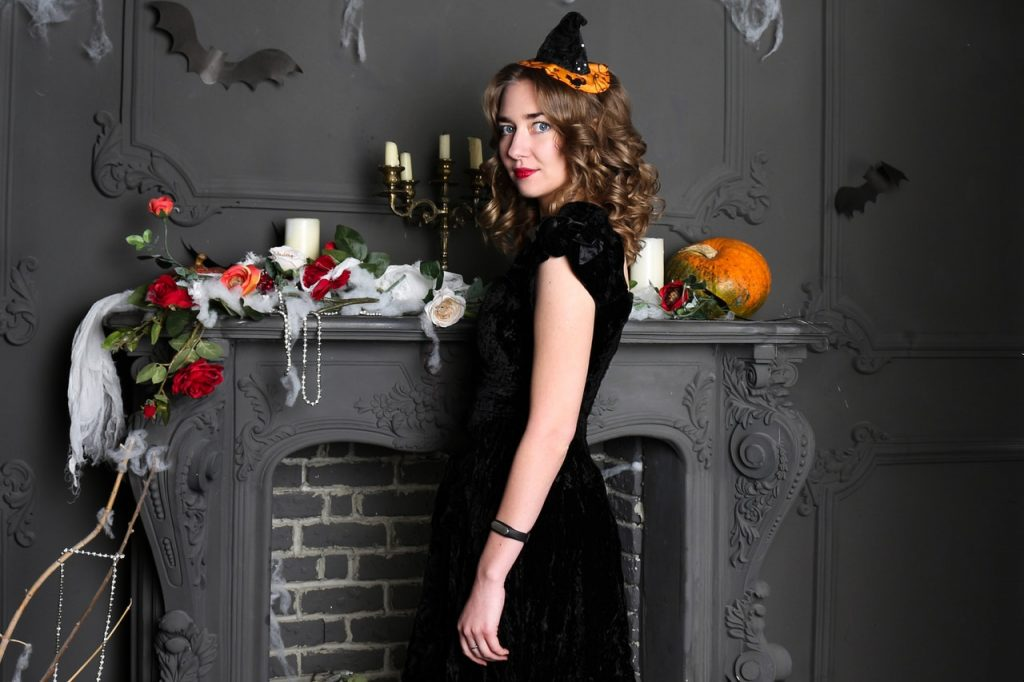The Dos and Don'ts of Hosting a Great Halloween Party