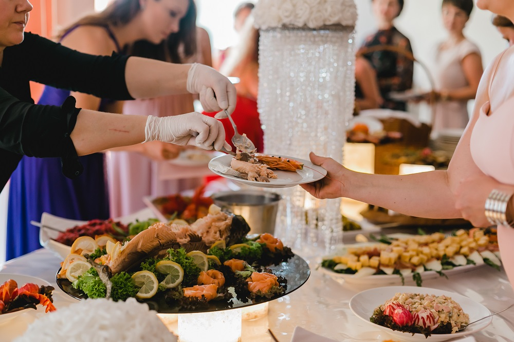 7 Best Wedding Catering Tips To Awe Your Guests Instantly-Best Wedding Catering