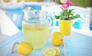 lemonade. lemons, garden