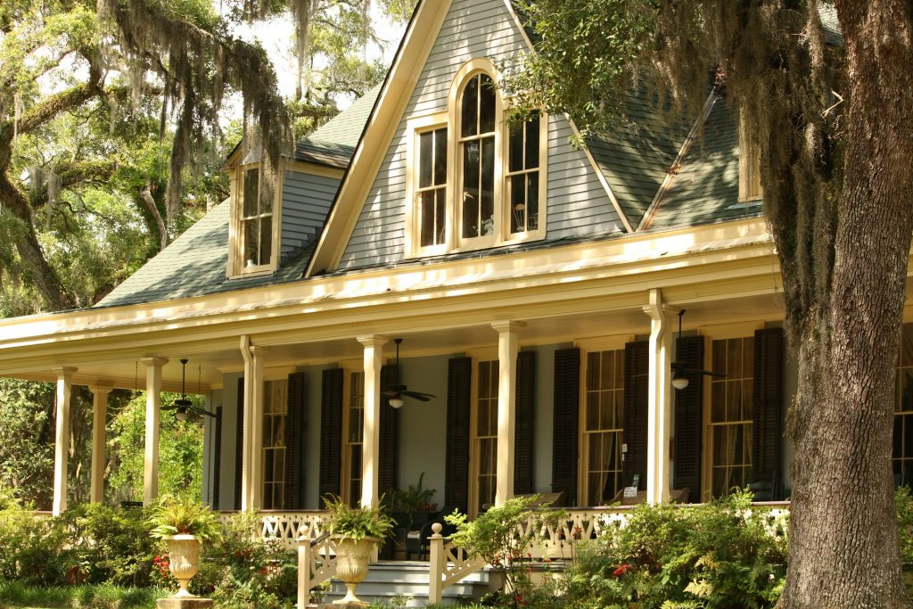 How to make an old house look new and luxurious again