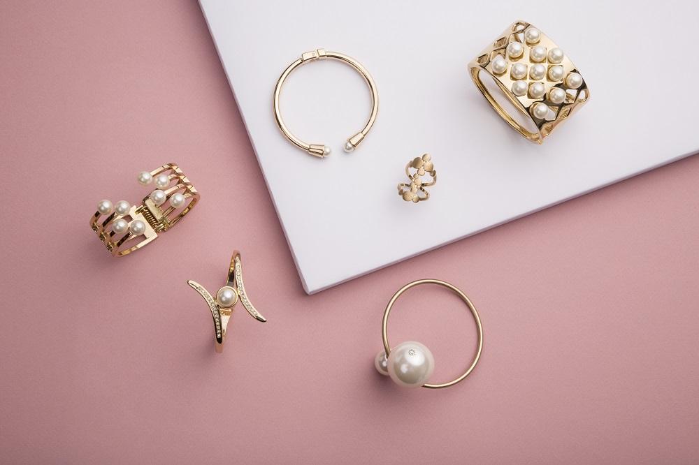 Jewellery findings wholesale