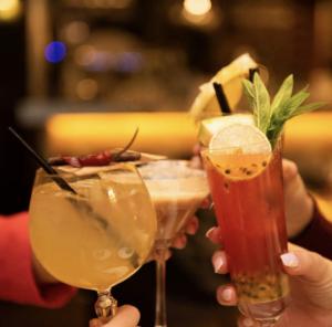 Tavern,cocktails