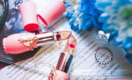 Lipstick and perfum, gifs